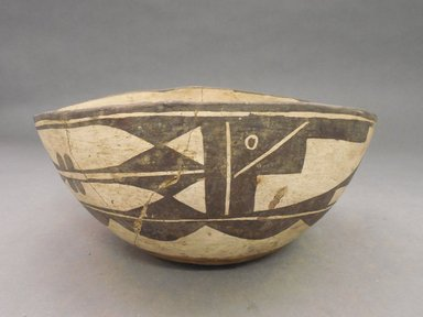 Haak'u (Acoma Pueblo). <em>Bowl</em>. Clay, slip, 4 1/2 x 9 3/4 in (11.4 x 24.8 cm). Brooklyn Museum, By exchange, 01.1535.2178. Creative Commons-BY (Photo: Brooklyn Museum, CUR.01.1535.2178.jpg)
