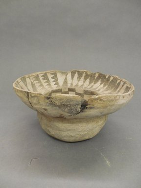 Ancient Pueblo (Anasazi). <em>Bowl</em>. Clay, slip, pigment, 4 1/8 x 7 3/4 in. (10.5 x 19.7 cm). Brooklyn Museum, Gift of Charles A. Schieren, 02.256.2824. Creative Commons-BY (Photo: Brooklyn Museum, CUR.02.256.2824_view1.jpg)