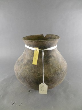 Ancient Pueblo (Anasazi). <em>Jar</em>. Clay, slip, 9 x 8 1/2 in. (22.9 x 21.6 cm). Brooklyn Museum, Riggs Pueblo Pottery Fund, 02.257.2351. Creative Commons-BY (Photo: Brooklyn Museum, CUR.02.257.2351.jpg)