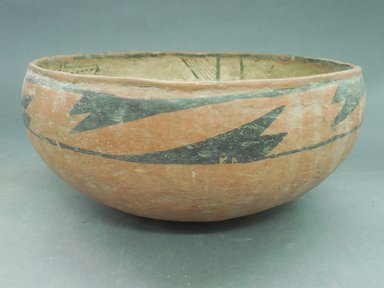 Ancient Pueblo (Anasazi). <em>Bowl</em>. Clay, slip, 4 1/2 x 8 3/4 in.  (11.4 x 22.2 cm). Brooklyn Museum, Riggs Pueblo Pottery Fund, 02.257.2507. Creative Commons-BY (Photo: Brooklyn Museum, CUR.02.257.2507_view1.jpg)