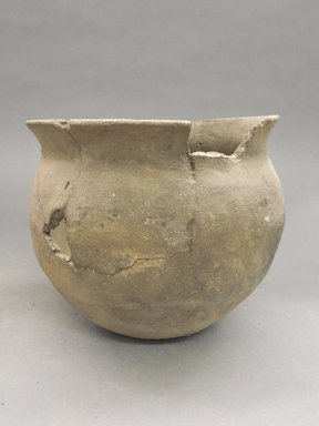 Ancient Pueblo (Anasazi). <em>Black Jar</em>. Clay, slip, 6 x 6 3/4 in.  (15.2 x 17.1 cm). Brooklyn Museum, Riggs Pueblo Pottery Fund, 02.257.2618. Creative Commons-BY (Photo: Brooklyn Museum, CUR.02.257.2618.jpg)