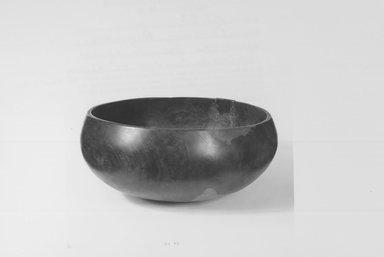 Hawaiian. <em>Bowl ('Umeke)</em>, before 1902. Gourd, 6 11/16 x 15 15/16in. (17 x 40.5cm). Brooklyn Museum, Gift of George C. Brackett and Robert B. Woodward, 02.258.2622. Creative Commons-BY (Photo: Brooklyn Museum, CUR.02.258.2622_print_front_bw.jpg)