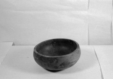 Hawaiian. <em>Bowl ('Umeke)</em>, before 1902. Wood, 3 3/8 x 7 3/8 in (8.5 x 18.7 cm). Brooklyn Museum, Gift of George C. Brackett and Robert B. Woodward, 02.258.2628. Creative Commons-BY (Photo: Brooklyn Museum, CUR.02.258.2628_bw.jpg)