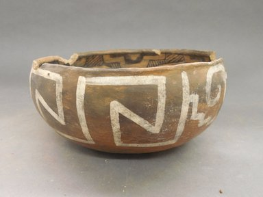 Ancient Pueblo (Anasazi). <em>Bowl</em>. Clay, slip, pigment, 4 x 8 3/4 in. (10.2 x 22.2 cm). Brooklyn Museum, Gift of Charles A. Schieren, 02.259.2704. Creative Commons-BY (Photo: Brooklyn Museum, CUR.02.259.2704_view1.jpg)