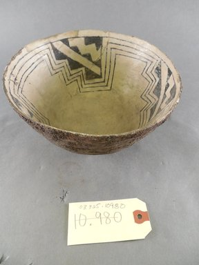 Ancient Pueblo (Anasazi). <em>Bowl</em>, Probably 700-900, Pueblo I. Clay, 4 1/8 x 7 1/2 in. (10.5 x 19.1 cm). Brooklyn Museum, Museum Expedition 1903, Purchased with funds given by A. Augustus Healy and George Foster Peabody, 03.325.10980. Creative Commons-BY (Photo: Brooklyn Museum, CUR.03.325.10980_view1.jpg)