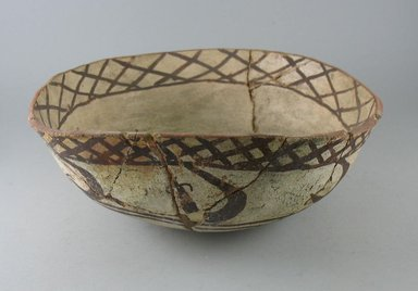 Navajo. <em>Bowl (Tetsa)</em>. Pottery, pigment, (9.5 x 26.0 cm). Brooklyn Museum, Museum Expedition 1903, Museum Collection Fund, 03.325.3796. Creative Commons-BY (Photo: Brooklyn Museum, CUR.03.325.3796.jpg)