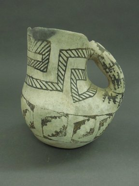 Ancient Pueblo (Anasazi). <em>Pitcher in the Shape of a Bird</em>. Clay, slip, 7 x 6 in (17.8 x 15.2 cm). Brooklyn Museum, Museum Expedition 1903, Museum Collection Fund, 03.325.4178. Creative Commons-BY (Photo: Brooklyn Museum, CUR.03.325.4178.jpg)