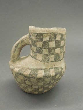 Ancient Pueblo (Anasazi). <em>Pitcher in the Shape of a Bird</em>, Probably 900-1100, Pueblo II. Clay, slip, 4 3/8 x 4 in. (11.1 x 10.2 cm). Brooklyn Museum, Museum Expedition 1903, Museum Collection Fund, 03.325.4179. Creative Commons-BY (Photo: Brooklyn Museum, CUR.03.325.4179.jpg)