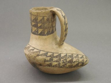 Ancient Pueblo (Anasazi). <em>Pitcher in the Shape of a Bird</em>, Probably 900-1100, Pueblo II. Clay, slip, 4 3/8 x 4 1/2 in. (11.1 x 11.4 cm). Brooklyn Museum, Museum Expedition 1903, Museum Collection Fund, 03.325.4180. Creative Commons-BY (Photo: Brooklyn Museum, CUR.03.325.4180.jpg)