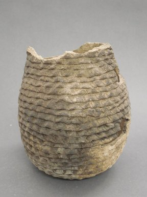 Ancient Pueblo (Anasazi). <em>Jar</em>, 900-1100 (probably). Clay, 6 x 5 1/2 in. (15.2 x 14 cm). Brooklyn Museum, Museum Expedition 1903, Museum Collection Fund, 03.325.4305. Creative Commons-BY (Photo: Brooklyn Museum, CUR.03.325.4305.jpg)