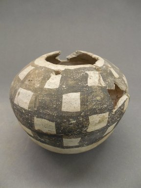Ancient Pueblo (Anasazi). <em>Jar</em>, 900-1050 (probably). Clay, 4 1/2 x 2 5/16 in. (11.4 x 5.9 cm). Brooklyn Museum, Museum Expedition 1903, Museum Collection Fund, 03.325.4319. Creative Commons-BY (Photo: Brooklyn Museum, CUR.03.325.4319.jpg)