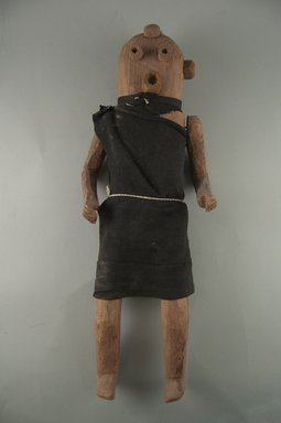 She-we-na (Zuni Pueblo) (Native American). <em>Kachina Doll (Eshotsa [Clown])</em>, late 19th century. Wood, pigment, wool, 16 5/16 in. (41.4 cm). Brooklyn Museum, Museum Expedition 1903, Museum Collection Fund, 03.325.4600. Creative Commons-BY (Photo: Brooklyn Museum, CUR.03.325.4600_front.jpg)