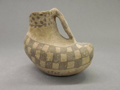 Ancient Pueblo (Anasazi). <em>Pitcher in the Shape of a Bird</em>, 500-700, Basketmaker III (probably). Clay, 4 1/4 x 3 3/8 x 1 3/4 in. (10.8 x 8.6 x 4.4 cm). Brooklyn Museum, Museum Expedition 1903, Museum Collection Fund, 03.325.4969. Creative Commons-BY (Photo: Brooklyn Museum, CUR.03.325.4969.jpg)