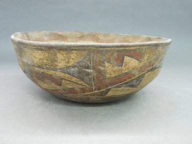 She-we-na (Zuni Pueblo). <em>Bowl (I-to-nak-kia-sa-lia)</em>. Clay, slip, pigment, 4 1/2 x 11 in (11.5 x 28.0 cm). Brooklyn Museum, Museum Expedition 1904, Museum Collection Fund, 04.297.5264. Creative Commons-BY (Photo: Brooklyn Museum, CUR.04.297.5264_view1.jpg)