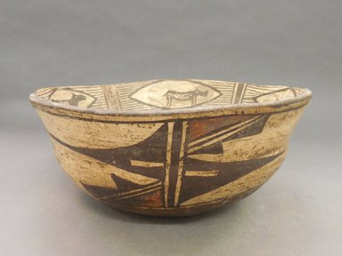 She-we-na (Zuni Pueblo) (Native American). <em>Bowl (I-to-nak-kia-sa-lai)</em>. Clay, pigment, 5 1/2 x 12 1/4 in (14 x 31.1 cm). Brooklyn Museum, Museum Expedition 1904, Museum Collection Fund, 04.297.5265. Creative Commons-BY (Photo: Brooklyn Museum, CUR.04.297.5265_view1.jpg)