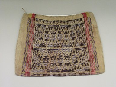 Hochunk. <em>Twined Storage Bag</em>, late 19th century. Cotton, wool, 38 x 52.2 / 1.0 x 53 x 41 cm. Brooklyn Museum, Museum Expedition 1904, Museum Collection Fund, 04.297.6953. Creative Commons-BY (Photo: Brooklyn Museum, CUR.04.297.6953_view1.jpg)