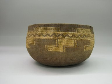 Yurok. <em>Boiling Basket</em>., 5 1/8 × 8 1/2 × 8 1/2 in. (13 × 21.6 × 21.6 cm). Brooklyn Museum, Museum Expedition 1905, Museum Collection Fund, 05.588.7550. Creative Commons-BY (Photo: Brooklyn Museum, CUR.05.588.7550.jpg)
