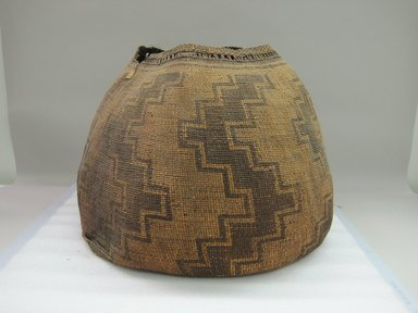 Yurok. <em>Storage Basket</em>. Fiber, 16 1/2 × 22 9/16 × 23 1/2 in. (41.9 × 57.3 × 59.7 cm). Brooklyn Museum, Museum Expedition 1905, Museum Collection Fund, 05.588.7606. Creative Commons-BY (Photo: Brooklyn Museum, CUR.05.588.7606.jpg)