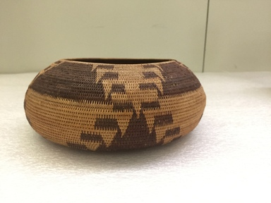 Pomo. <em>Basket</em>, early 20th century. Willow, sedge root, bulrush, 3 9/16 x 8 1/4 in.  (9 x 21 cm). Brooklyn Museum, Museum Expedition 1906, Museum Collection Fund, 06.331.8017. Creative Commons-BY (Photo: , CUR.06.331.8017_view01.jpg)