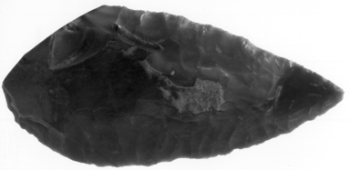 <em>Leaf-Shaped Spear Head</em>. Flint, 2 1/16 x 4 7/16 in. (5.3 x 11.2 cm). Brooklyn Museum, Charles Edwin Wilbour Fund, 07.447.2097. Creative Commons-BY (Photo: , CUR.07.447.2097_NegA_print_bw.jpg)