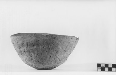 <em>Deep Bowl</em>, ca. 3500-3300 B.C.E. Clay, height: 3 3/4 in. Brooklyn Museum, Charles Edwin Wilbour Fund, 07.447.304. Creative Commons-BY (Photo: Brooklyn Museum, CUR.07.447.304_negA_print.jpg)