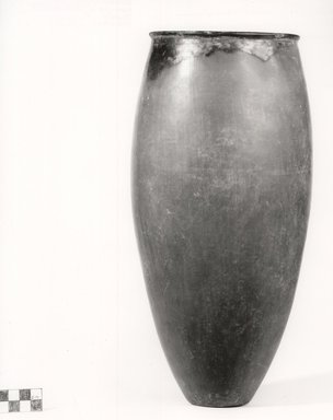 <em>Ovoid Jar</em>, ca. 3800-3300 B.C.E. Clay, 13 1/16 x Diam. 6 1/2 in. (33.1 x 16.5 cm). Brooklyn Museum, Charles Edwin Wilbour Fund, 07.447.329. Creative Commons-BY (Photo: Brooklyn Museum, CUR.07.447.329_NegA_print_bw.jpg)