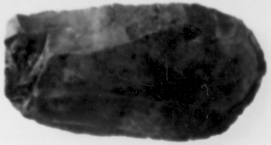 <em>Cutting Flake or Scraper</em>, ca. 4400-2170 B.C.E. Brownish chert, 1 7/16 x 3/8 x 2 11/16 in. (3.7 x 0.9 x 6.8 cm). Brooklyn Museum, Charles Edwin Wilbour Fund, 07.447.970. Creative Commons-BY (Photo: , CUR.07.447.970_Neg07.447.966GRPA_print_cropped_bw.jpg)
