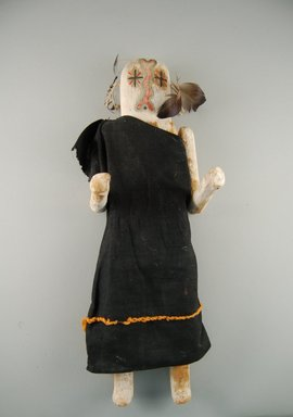 She-we-na (Zuni Pueblo). <em>Kachina Doll (Nawish-okya)</em>, late 19th century. Wood, feather, cotton, pigment, 15 3/4 x 5 1/16 x 4 5/16in. (40 x 12.9 x 10.9cm). Brooklyn Museum, Museum Expedition 1907, Museum Collection Fund, 07.467.8429. Creative Commons-BY (Photo: Brooklyn Museum, CUR.07.467.8429_front.jpg)