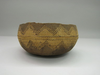 Hupa. <em>Basket</em>. Fiber, 4 7/8 × 9 × 9 1/8 in. (12.4 × 22.9 × 23.2 cm). Brooklyn Museum, By exchange, 07.468.9329. Creative Commons-BY (Photo: , CUR.07.468.9329_side1.jpg)