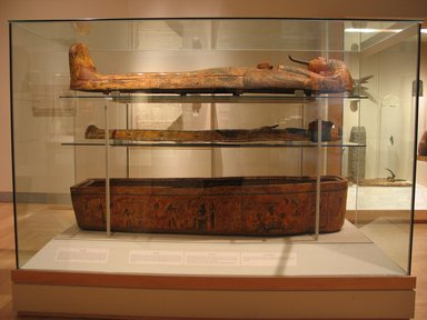 <em>Coffin and Mummy Board of Pasebakhaemipet</em>, ca. 1070-945 B.C.E. Wood, pigment, 12 5/8 x 21 5/8 x 76 3/8 in. (32 x 55 x 194 cm). Brooklyn Museum, Charles Edwin Wilbour Fund, 08.480.2a-c. Creative Commons-BY (Photo: Brooklyn Museum, CUR.08.480.2a-c_wwgA-2.jpg)