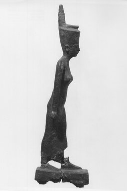 <em>Standing Statuette of Neith</em>, 664-332 B.C.E. Bronze, 6 3/8 x 13/16 x 1 13/16 in. (16.2 x 2.1 x 4.6 cm). Brooklyn Museum, Charles Edwin Wilbour Fund, 08.480.31. Creative Commons-BY (Photo: Brooklyn Museum, CUR.08.480.31_print_NegB_bw.jpg)