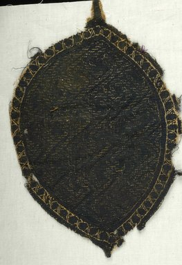 Coptic. <em>Palmette with Geometric Pattern</em>, 4th-5th century C.E. Flax, wool, 7 x 10 5/8 in. (17.8 x 27 cm). Brooklyn Museum, Charles Edwin Wilbour Fund, 08.480.56. Creative Commons-BY (Photo: , CUR.08.480.56_ICA.jpg)