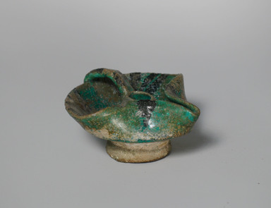 Mesopotamian. <em>Small Oil Lamp</em>, 13th century. Ceramic, fritware, 2 x 3 15/16 x 3 3/4 in. (5.1 x 10 x 9.5 cm). Brooklyn Museum, Gift of Robert B. Woodward, 09.307. Creative Commons-BY (Photo: Brooklyn Museum, CUR.09.307.jpg)