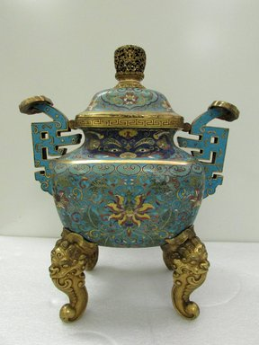 <em>Large Incense Burner and Cover</em>, early 18th century. Cloisonné enamel on copper alloy, 17 5/16 x 14 5/8 in. (44 x 37.2 cm). Brooklyn Museum, Gift of Samuel P. Avery, 09.485a-b. Creative Commons-BY (Photo: Brooklyn Museum, CUR.09.485a-b_overall.jpg)