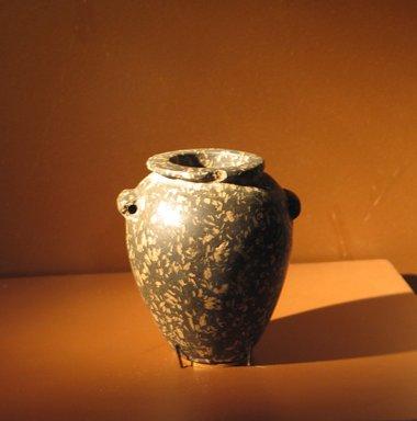 <em>Jar with Two String-Hole Handles</em>, ca. 3600-2800 B.C.E. Porphyry, 3 3/16 x 2 7/8 x 2 11/16 in. (8.1 x 7.3 x 6.8 cm). Brooklyn Museum, Charles Edwin Wilbour Fund, 09.889.11. Creative Commons-BY (Photo: Brooklyn Museum, CUR.09.889.11_erg3.jpg)