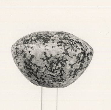 <em>Mace Head</em>. Granite, 1 11/16 x 2 1/2 in. (4.3 x 6.4 cm). Brooklyn Museum, Charles Edwin Wilbour Fund, 09.889.200. Creative Commons-BY (Photo: Brooklyn Museum, CUR.09.889.200_NegA_print_bw.jpg)