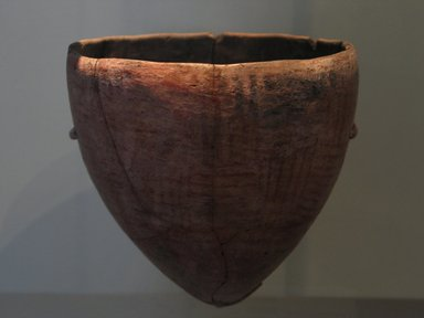 <em>Bowl with Basket Pattern</em>, ca. 3300-3100 B.C.E. Clay, pigment, 5 11/16 x greatest diam. 5 9/16 in. (14.4 x 14.2 cm)  . Brooklyn Museum, Charles Edwin Wilbour Fund, 09.889.426. Creative Commons-BY (Photo: Brooklyn Museum, CUR.09.889.426_erg456.jpg)