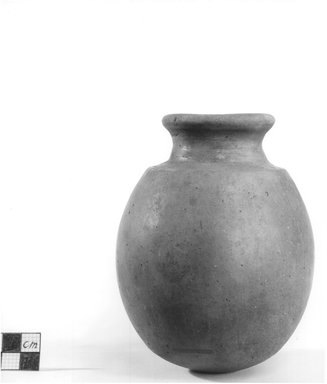 <em>Egg Shaped Vase</em>. Terracotta, Height: 5 1/8 in. (13 cm). Brooklyn Museum, Charles Edwin Wilbour Fund, 09.889.471. Creative Commons-BY (Photo: Brooklyn Museum, CUR.09.889.471_NegA_print_bw.jpg)
