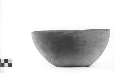 <em>Deep Bowl</em>. Terracotta, Diameter 7 1/2 in. (19.1 cm) to 8 in. (20.3 cm). Brooklyn Museum, Charles Edwin Wilbour Fund, 09.889.488. Creative Commons-BY (Photo: Brooklyn Museum, CUR.09.889.488_NegA_print_bw.jpg)