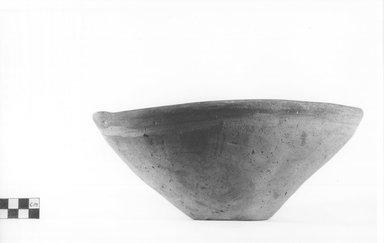 <em>Dish</em>, ca. 4400-3100 B.C.E. Terracotta, Diameter 9 3/4 in. (24.8 cm) to 10 in. (25.4 cm). Brooklyn Museum, Charles Edwin Wilbour Fund, 09.889.507. Creative Commons-BY (Photo: Brooklyn Museum, CUR.09.889.507_NegA_print_bw.jpg)
