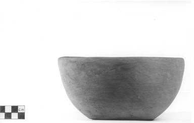 <em>Deep Bowl</em>, ca. 4400-3100 B.C.E. Terracotta, Diameter 6 3/4 in. (17.1 cm) to 7 3/8 in. (18.7 cm). Brooklyn Museum, Charles Edwin Wilbour Fund, 09.889.517. Creative Commons-BY (Photo: Brooklyn Museum, CUR.09.889.517_NegA_print_bw.jpg)