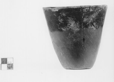 <em>Squat Goblet Shaped Vase</em>. Clay, slip, Height: 4 3/16 in. (10.7 cm). Brooklyn Museum, Charles Edwin Wilbour Fund, 09.889.549. Creative Commons-BY (Photo: Brooklyn Museum, CUR.09.889.549_NegA_print_bw.jpg)