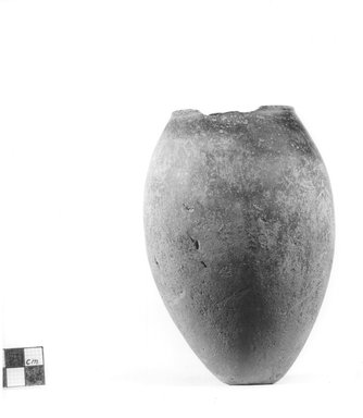 <em>Ovoid Shaped Vase</em>, ca. 3800-3300 B.C.E. Clay, 5 11/16 x diam. of mouth 2 5/16 in. (14.5 x 5.8 cm). Brooklyn Museum, Charles Edwin Wilbour Fund, 09.889.568. Creative Commons-BY (Photo: Brooklyn Museum, CUR.09.889.568_NegA_print_bw.jpg)