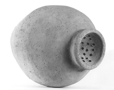 <em>Ovoid-Shaped Strainer Jar</em>, ca. 3300-3100 B.C.E. Terracotta, pigment, 14 x 10 1/16 x 10 1/16 in. (35.5 x 25.5 x 25.5 cm). Brooklyn Museum, Charles Edwin Wilbour Fund, 09.889.650. Creative Commons-BY (Photo: Brooklyn Museum, CUR.09.889.650_NegA_print_bw.jpg)