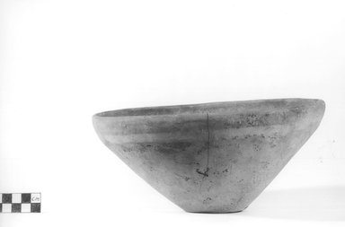 <em>Deep Bowl</em>. Terracotta, Height: 4 3/16 in. (10.6 cm). Brooklyn Museum, Charles Edwin Wilbour Fund, 09.889.790. Creative Commons-BY (Photo: Brooklyn Museum, CUR.09.889.790_NegA_print_bw.jpg)