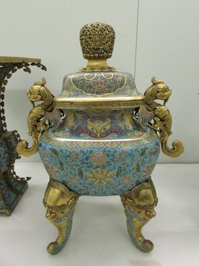 <em>Large Incense Burner</em>, 1736-1795. Cloisonné enamel on copper alloy, gilt bronze, 28 9/16 in. (72.5 cm). Brooklyn Museum, Gift of Samuel P. Avery, 09.933.6. Creative Commons-BY (Photo: Brooklyn Museum, CUR.09.933.6_overall.jpg)