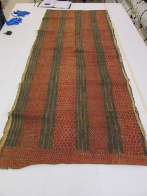 Hawaiian. <em>Tapa (Kapa)</em>, mid 19th-early 20th century. Barkcloth, pigment, 255 1/8 × 40 3/16 in. (648 × 102 cm). Brooklyn Museum, Brooklyn Museum Collection, 14.23. Creative Commons-BY (Photo: , CUR.14.23_view01.jpg)