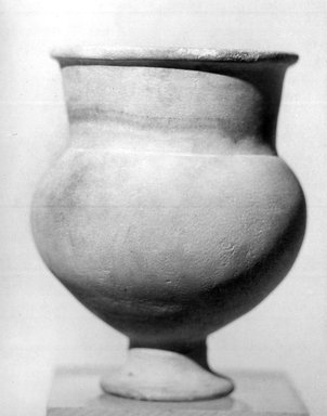 <em>Goblet</em>, ca. 1539-1292 B.C.E. Egyptian alabaster (calcite), 4 1/8 × Diam. 3 1/8 in. (10.5 × 8 cm). Brooklyn Museum, Gift of the Egypt Exploration Fund, 14.611. Creative Commons-BY (Photo: Brooklyn Museum, CUR.14.611_NegL_840_5_print_bw.jpg)