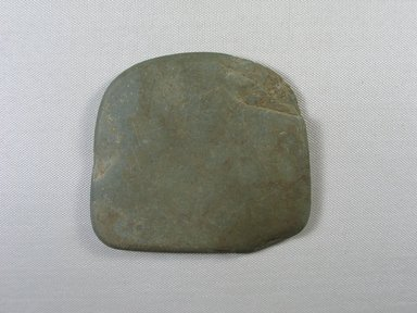 <em>Cosmetic Palette</em>, ca. 1539-1292 B.C.E. Slate, 4 1/8 × 4 5/8 × 3/8 in. (10.5 × 11.7 × 1 cm). Brooklyn Museum, Gift of the Egypt Exploration Fund, 14.633.4. Creative Commons-BY (Photo: Brooklyn Museum, CUR.14.633.4_view1.jpg)