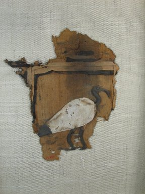 <em>Ibis Appliqué</em>, 30 B.C.E.–early 1st century C.E. Linen, pigment, Object: 1/2 × 5 1/2 × 6 3/4 in. (1.3 × 14 × 17.1 cm). Brooklyn Museum, Gift of the Egypt Exploration Fund, 14.657. Creative Commons-BY (Photo: Brooklyn Museum, CUR.14.657_view1.jpg)